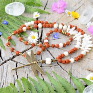 ~VÝJIMEČNOST~ Jedinečný perlový náhrdelník s vážkou a rudrakshou