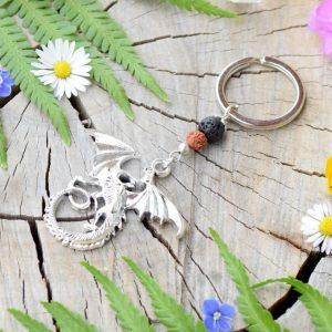 ~(ZE)MĚ~ Originální přívěsek na klíče drak s rudrakshou a lávou