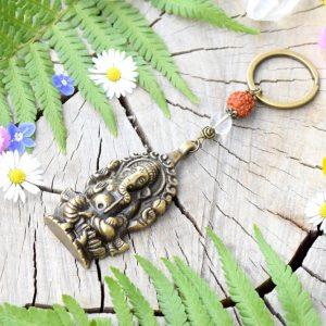 ~HARMONIE~ Originální přívěsek na klíče Ganéša s rudrakshou a křišťálem