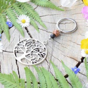 ~(ZE)MĚ~ Originální přívěsek na klíče strom života s onyxem a dřevem