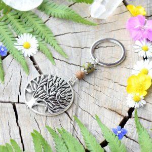 ~(POD)VĚDOMÍ~ Originální přívěsek na klíče strom života s unakitem a dřevem