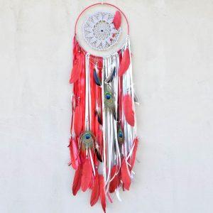 ~VÁŠNIVÁ~ Jedinečný ručně vyráběný lapač snů s pírky a granátem, 25x95 cm