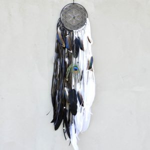 ~JEDNO TĚLO, JEDNA DUŠE~ Unikátní ručně malovaný lapač snů Květ života s pírky, 15x80 cm